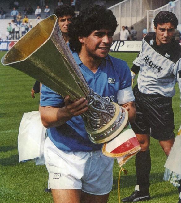Napoli_-_Coppa_UEFA_1988-1989_-_Maradona